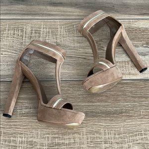 GUCCI Suede Platform Sandals